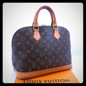 SoLD!Louis Vuitton Alma Monogram PM
